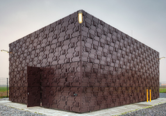 worlds-first-biobased-facade-5